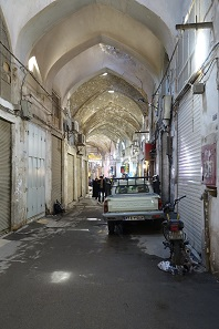 The bazaar of Isfahan - not just for tourists after all... Photo: KW.