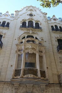 Buildings in the Modernismo style are not exclusive to Barcelona. Photo: KW.