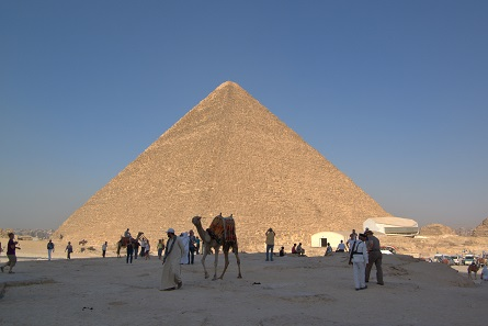 The Great Pyramid of Giza near Cairo, Egypt's capital city. Photo. Foto: Berthold Werner / CC BY-SA 3.0