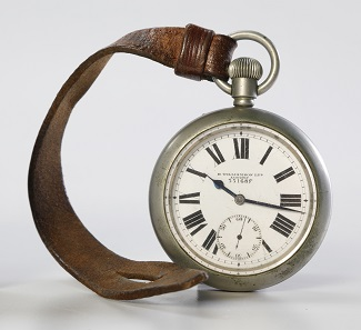 Nervous soldiers waited in silence before the battle on August 8, 1918. In a few hours, they might be killed or wounded. Watches were synchronized for the zero hour: 4:20 a.m. This watch was used by Private Charles John Cook. Photo: Canadian War Museum.