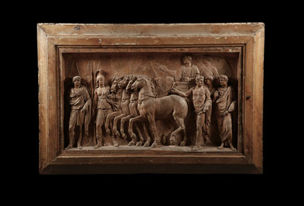 576: Terracotta bozzetto of the reliefs of the Arch of Titus. One of two terracotta reliefs, 60 x 100 cm (without frame). 1st half of 19th cent. For both estimate: 75,000 Euros. End result: 109,250 Euros.