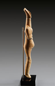 1 WALTZ COLLECTION. Cycladic female idol, early Cycladic II, Spedos-type. ca. 2700-2300 BC. White fine crystalline marble. H. 30.5 cm. Estimate: 40,000 / Final Price: 149,500 EUR.